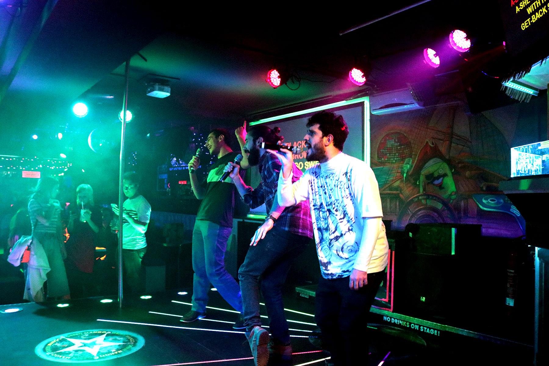 Karaoke_berlin_bearbeitet_IMG_9641.jpg